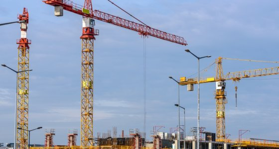 Helsingin kaupunki ei halua myöntää sääntelyn jarruttavan rakentamista